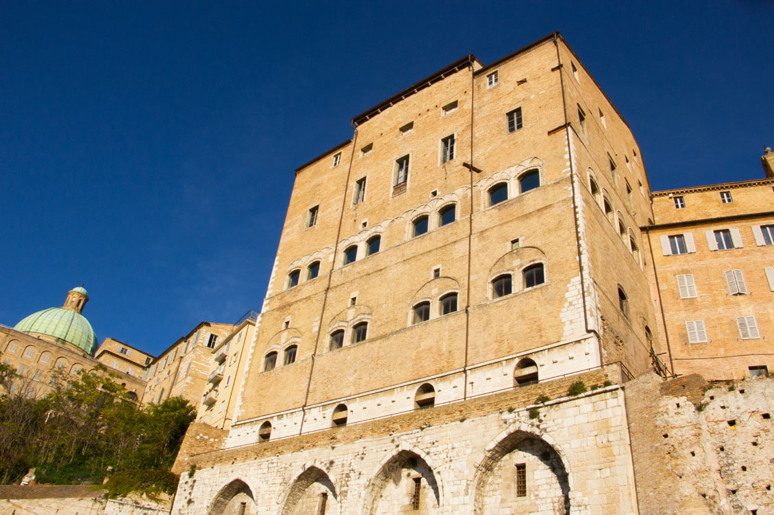 palazzo-anziani-ancona