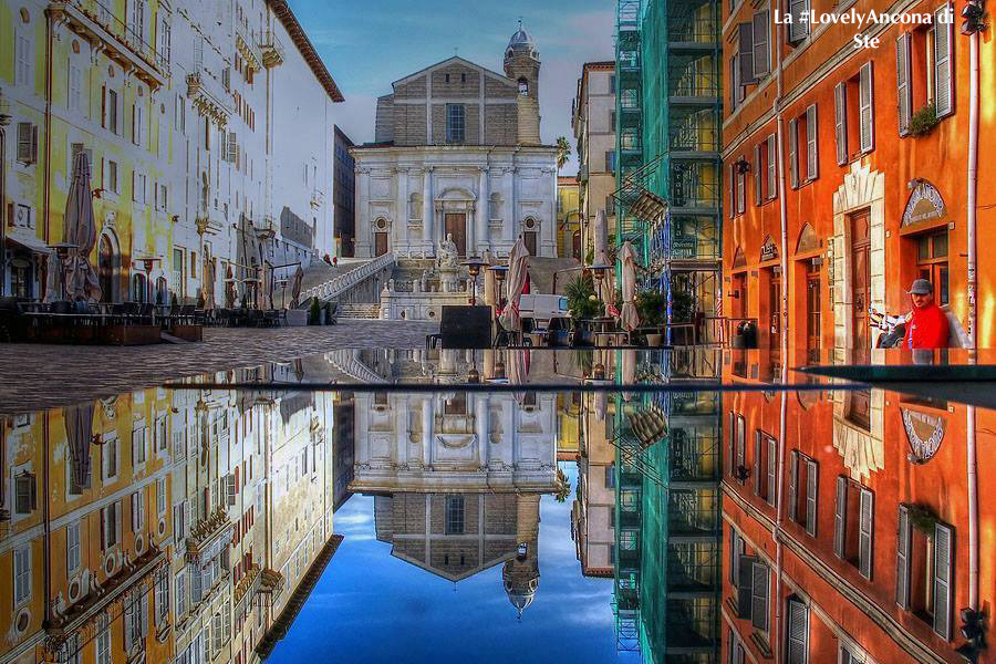 piazza del papa ancona