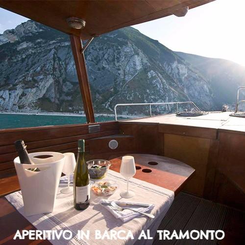 aperitivo-barca-riviera-conero