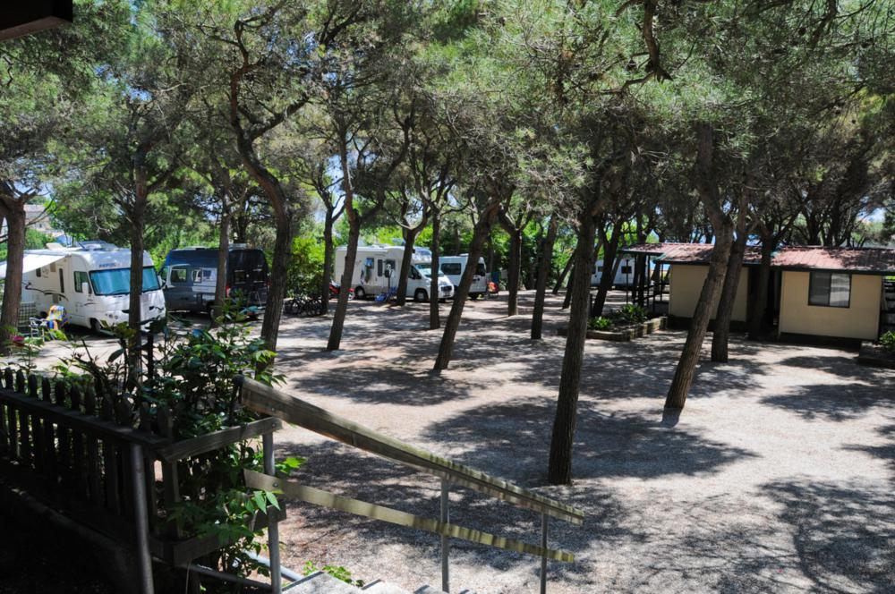 camping-riviera-village-numana